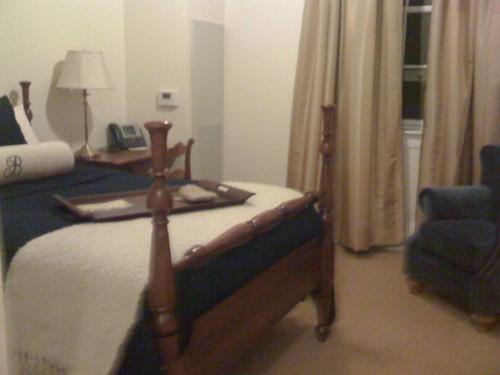 C PHOTO THREE HOTEL ROOM