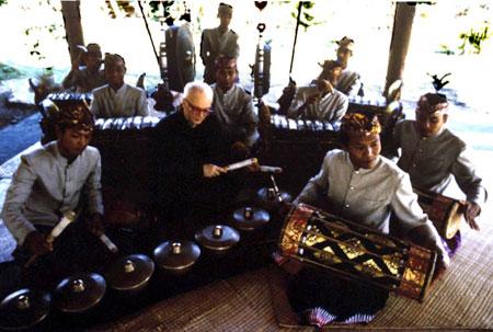 Rehearsal in Bali 2002 2