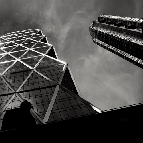Hearst_building_bw500