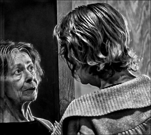 Alzheimer's: The Mirror That Never Answers Back