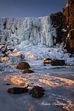 Landscape_Waterfalls_Oxarafoss